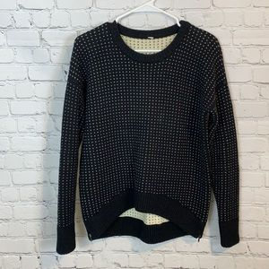 Lululemon Heart Yogi pullover sweater